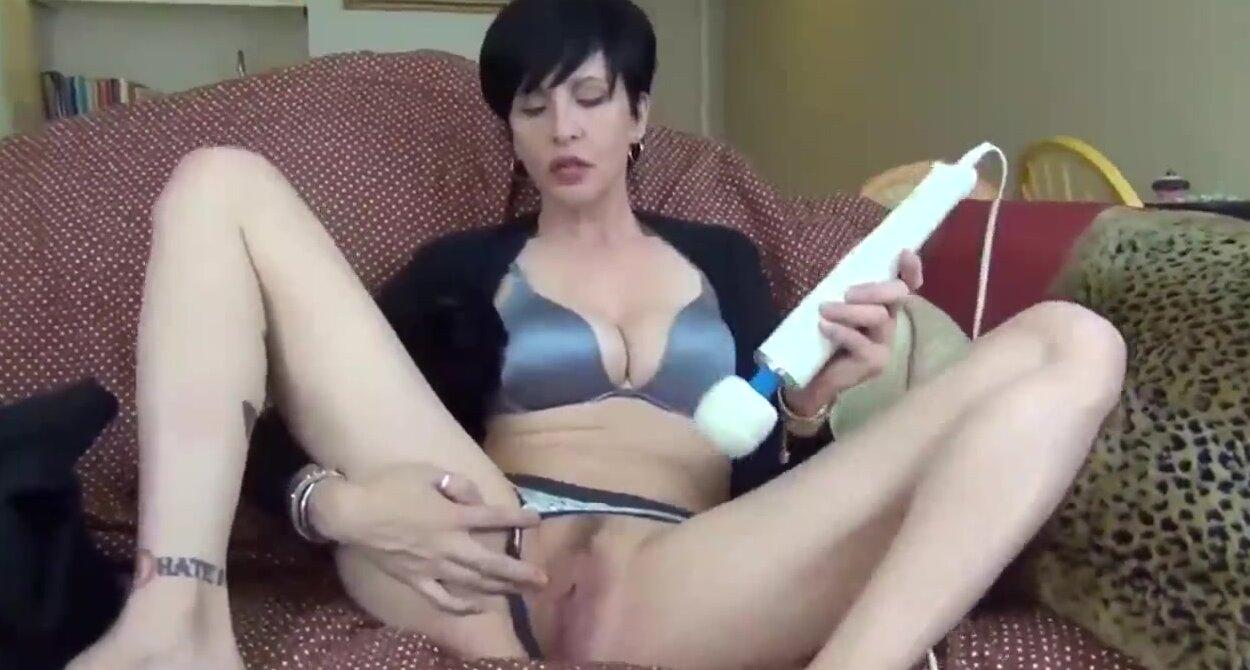 Son Cums Inside His Mom