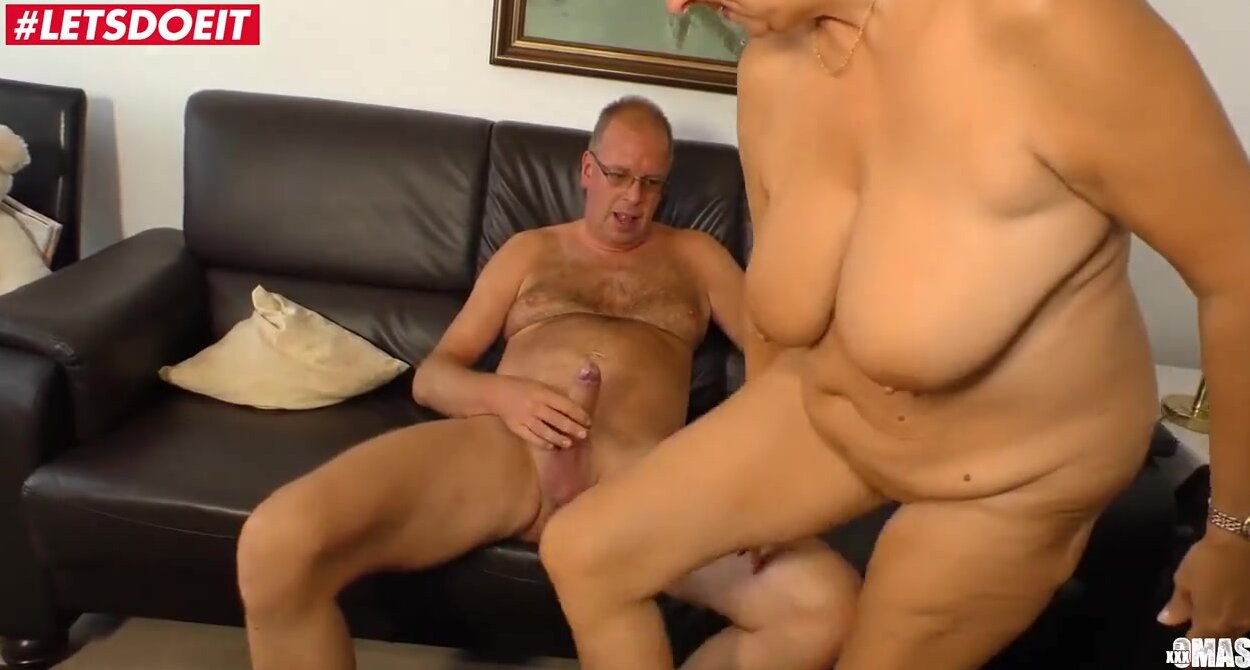 Blonde german suck dick German Granny With Short Blonde Hair Is Sucking Her Neighbor S Dick Before Getting It Inside Her Free Porn Sex Videos Xxx Movies