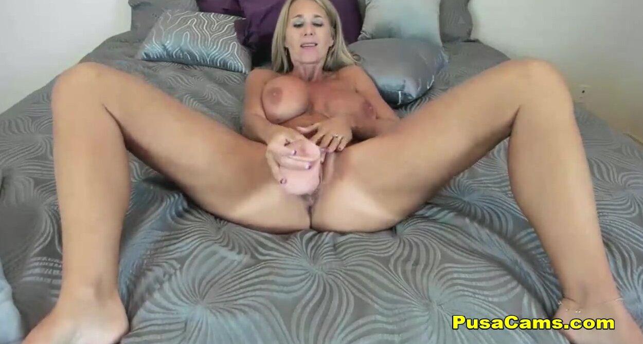 strippers nude women tits