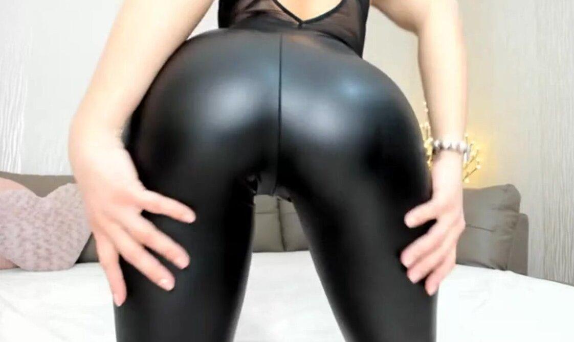 Hot girls in leggins strip for money Legging Girl Eporner Free Porn Sex Videos Xxx Movies