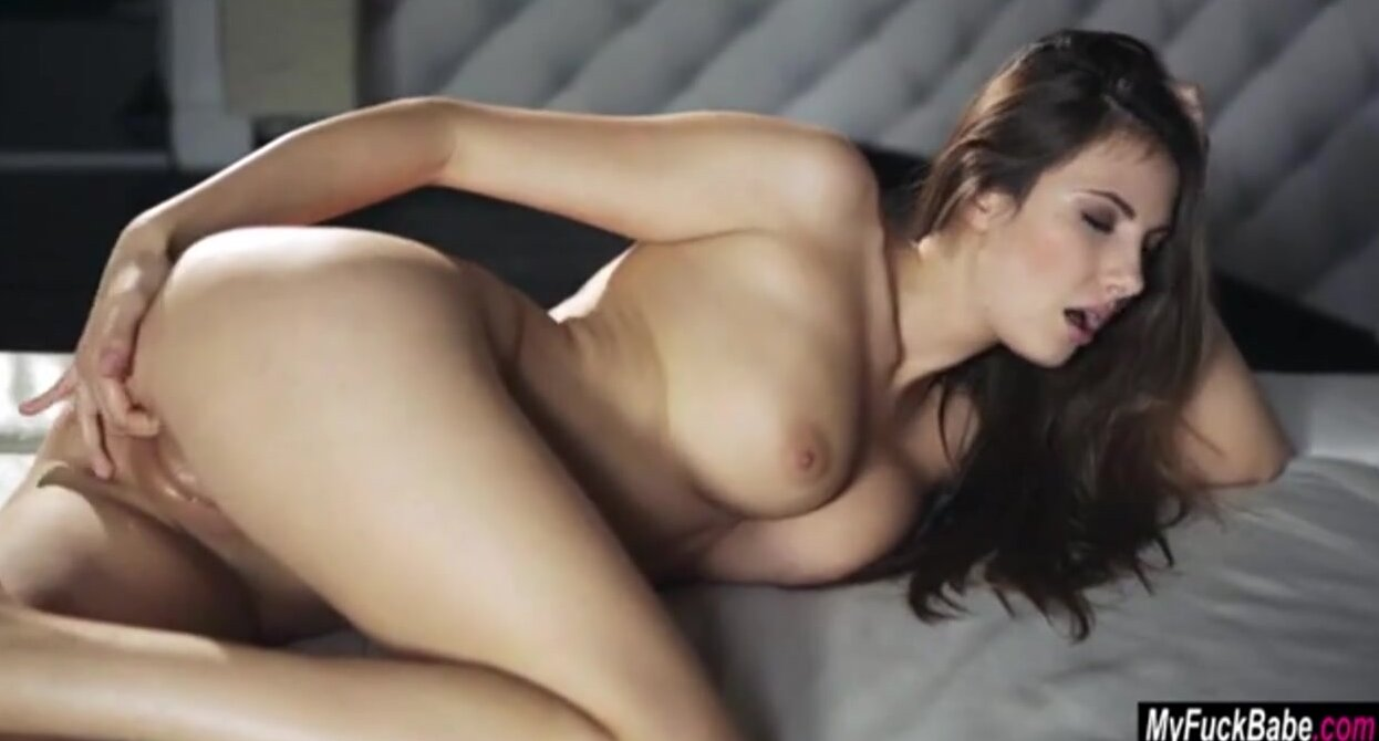 Connie Carter Masturbation